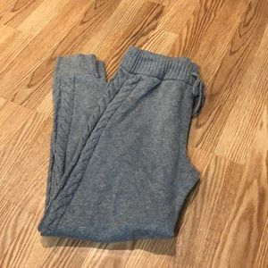 LIKE NEW gray sweater-knit aerie joggers